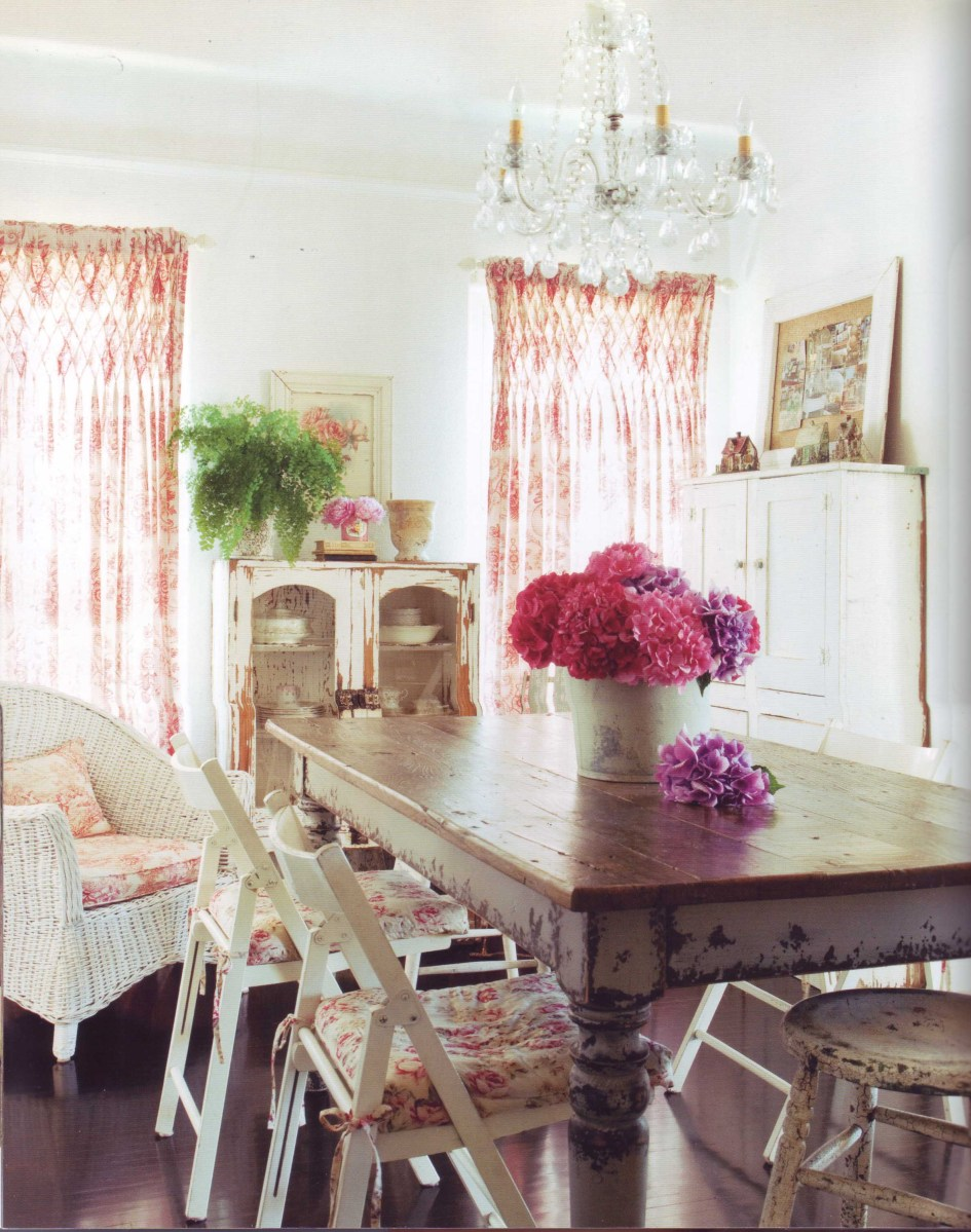 Romantic prairie style by fifi o neill hollybees for Cottage style dining room ideas